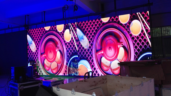 Customized Digital Video Outdoor Advertising LED Display Pitch 10mm SMD 3535 1R1G1B