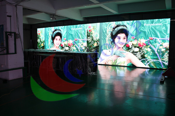 P6 video wall displays For Hotel Interior Ad , Wide Viewing Angle led display screen